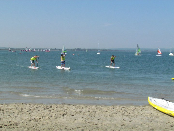Hayling Island Frostbite 4 - Battling to the finish line!