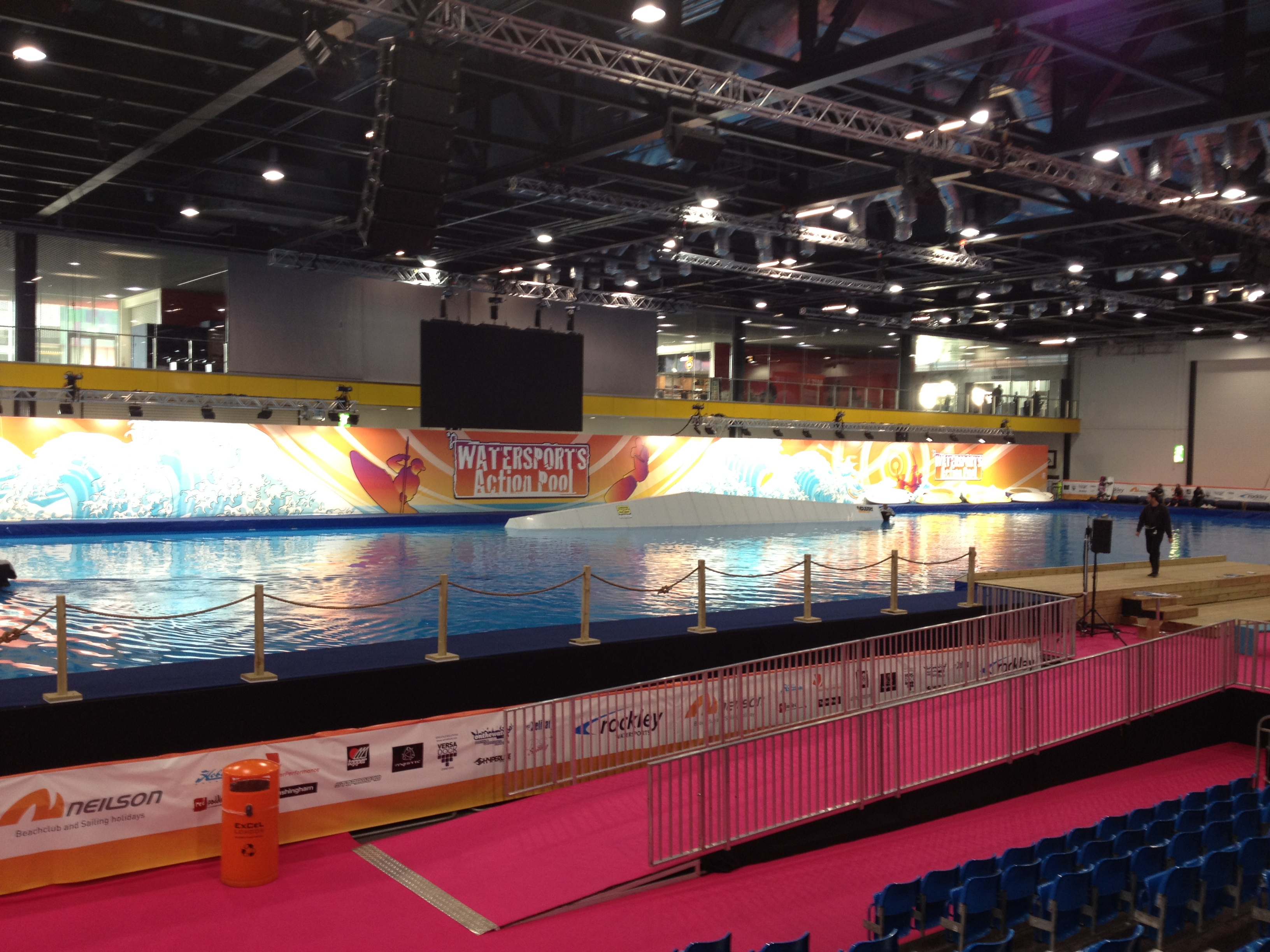 The Water Sports Action Pool - The London Boat Show SUP Sprints